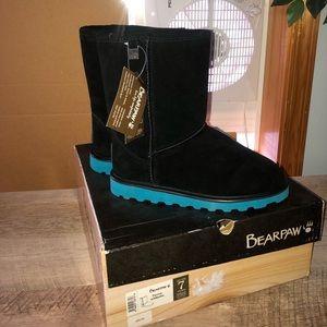 Payton Bearpaw Boots!